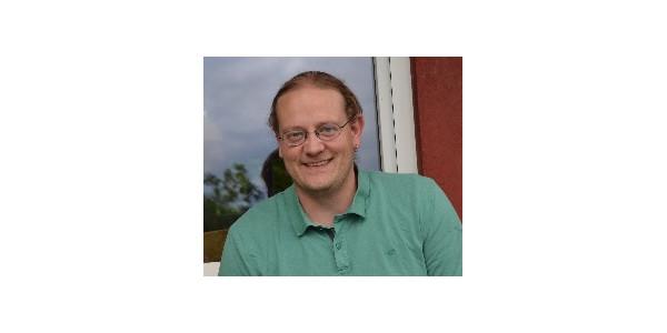 Stefan Igishan, Lehrer an der GST